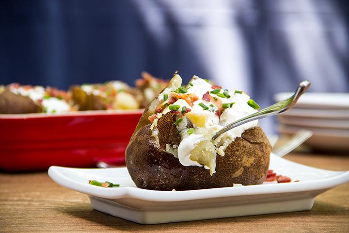 Slow Cooker Bakad Potatis med Fyllning