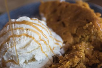 Slow-cooker-Pumpkin-Dump-Cake-22