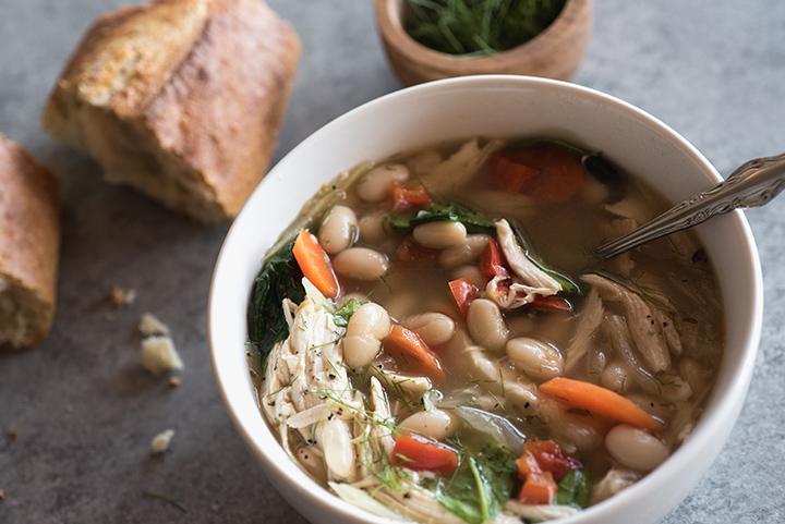 Slow Cooker Soppa med Kyckling & Vita bönor