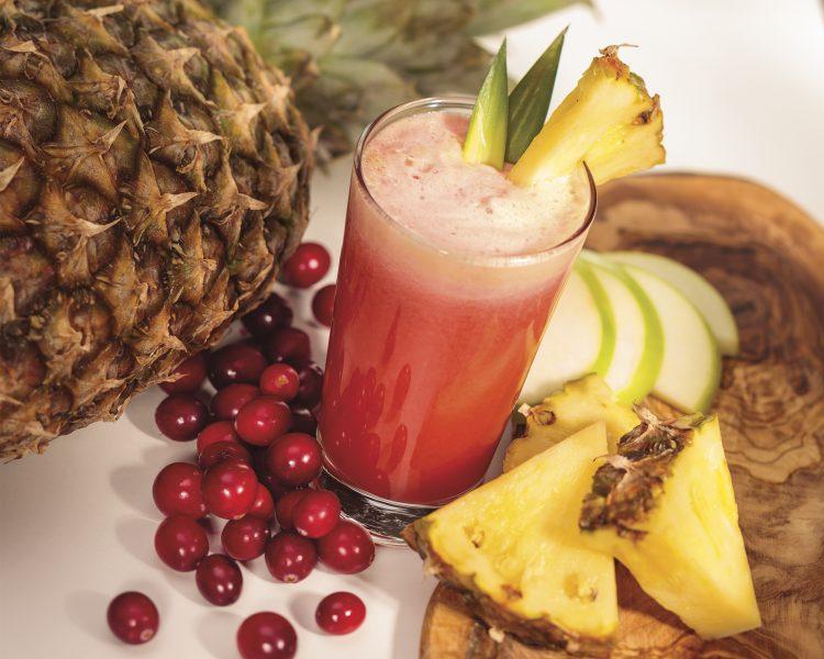Juice med passionsfrukt, lingon & ananas